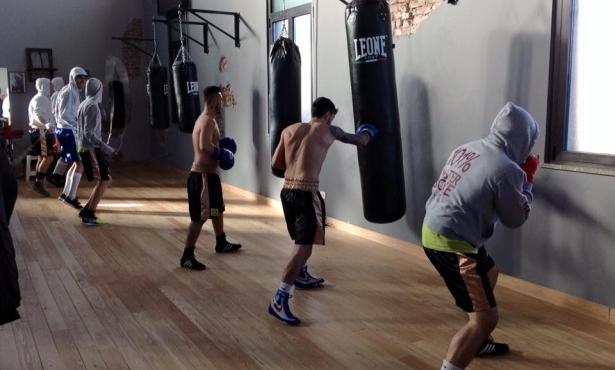 La master boxe inaugura la nuova palestra a busto varesesport - Allenamento pugilato a casa ...