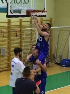 Saronno basket festeggia la DNB
