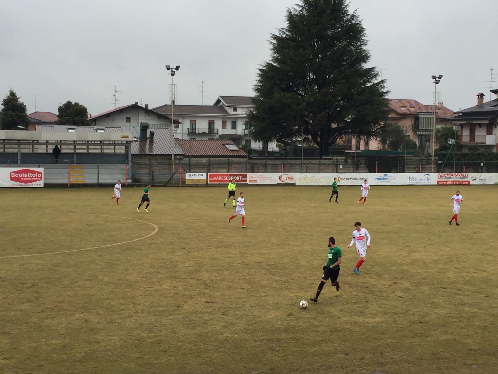 Pazza Varesina rimonta nel finale, finisce 2-2 contro il Gozzano