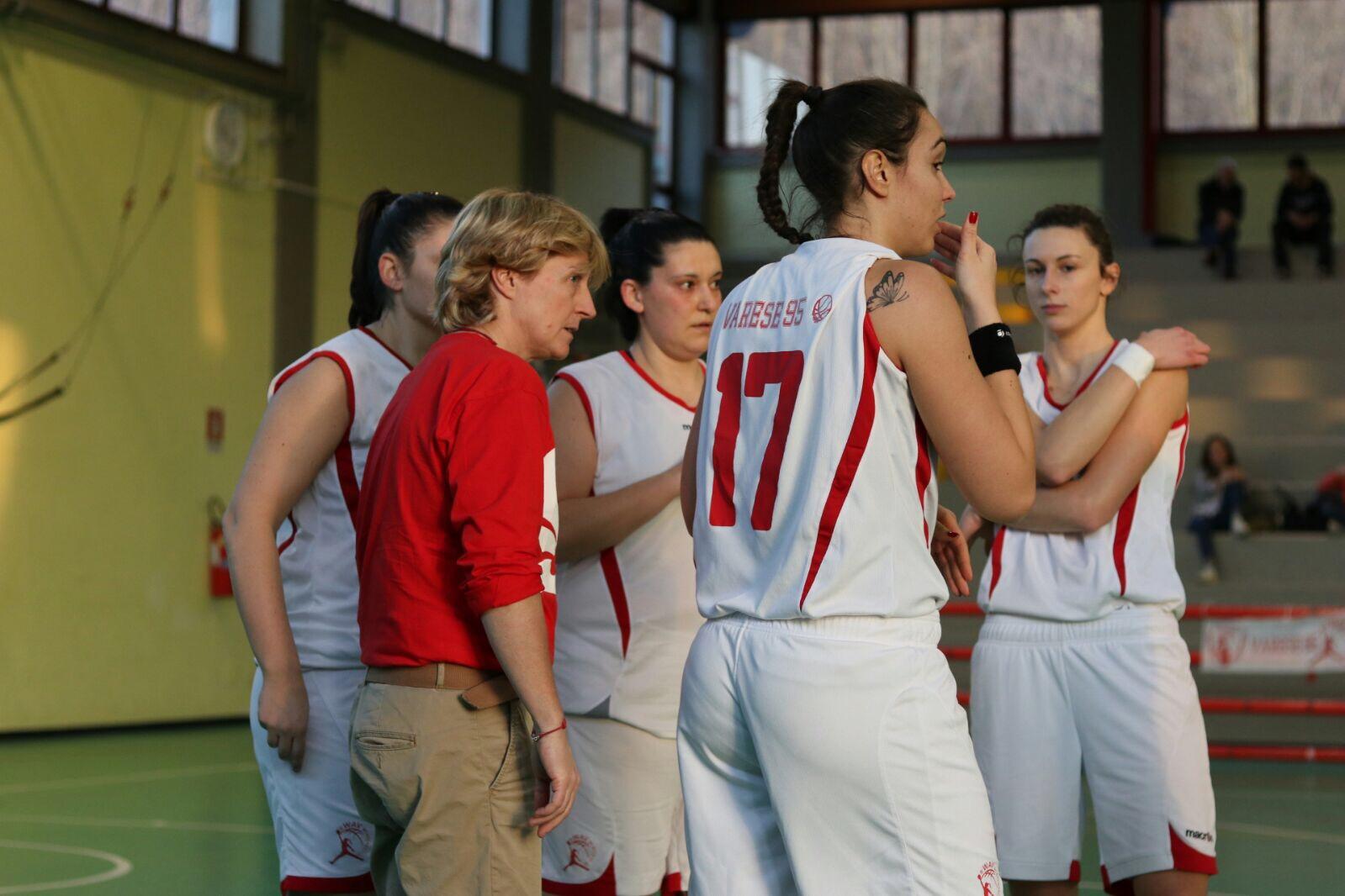 """B femminile – Varese e la marcia di avvicinamento ai playoff. Ferri: """"Conta la testa"""""""