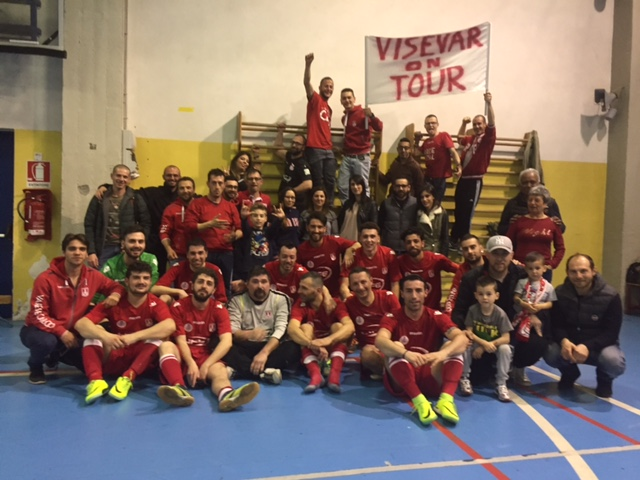 """Calcio a 5, serie C2: Il Futsal Varese tira le somme. Saporiti: """"Abbiamo sofferto insieme, grazie a tutti"""" FOTO"""