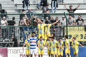 busto arsizio pro patria pergolettese festa gol 1-1
