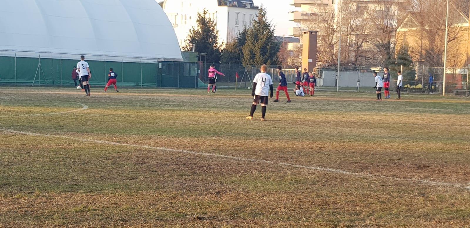 Giovanissimi Provinciali 2004 – Gir. A: Castellanzese a tutto gas. Gir. B: il Torino Club ne fa 6. Gir. C: Morazzone imbattibile