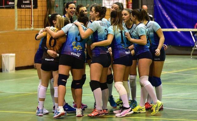 Luino Volley, vittoria e tre punti d'oro a Carimate. Vigato eccezionale