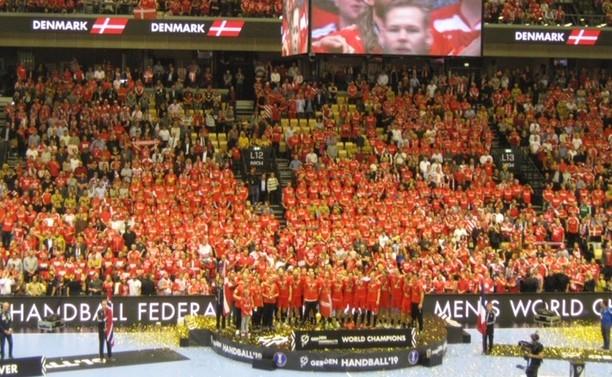 Mondiali – La prima volta della Danimarca, surclassati i cugini