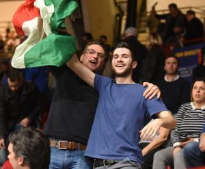 Tipi da Italia al palazzetto 04
