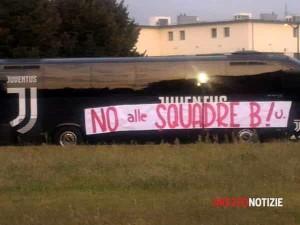 SquadreB_pullman_Juve_protestaArezzo
